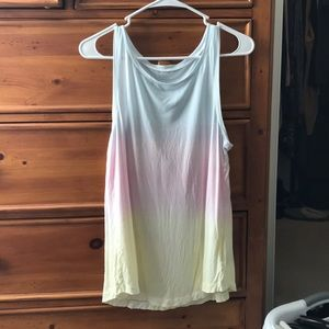American Eagle ladies tank.